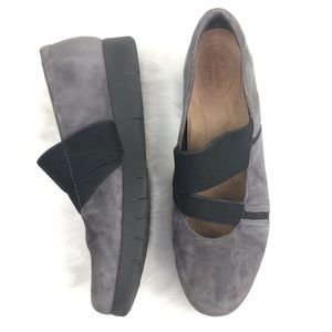 Clarks Artisan 10M Daelyn Villa Gray Comfort Shoes